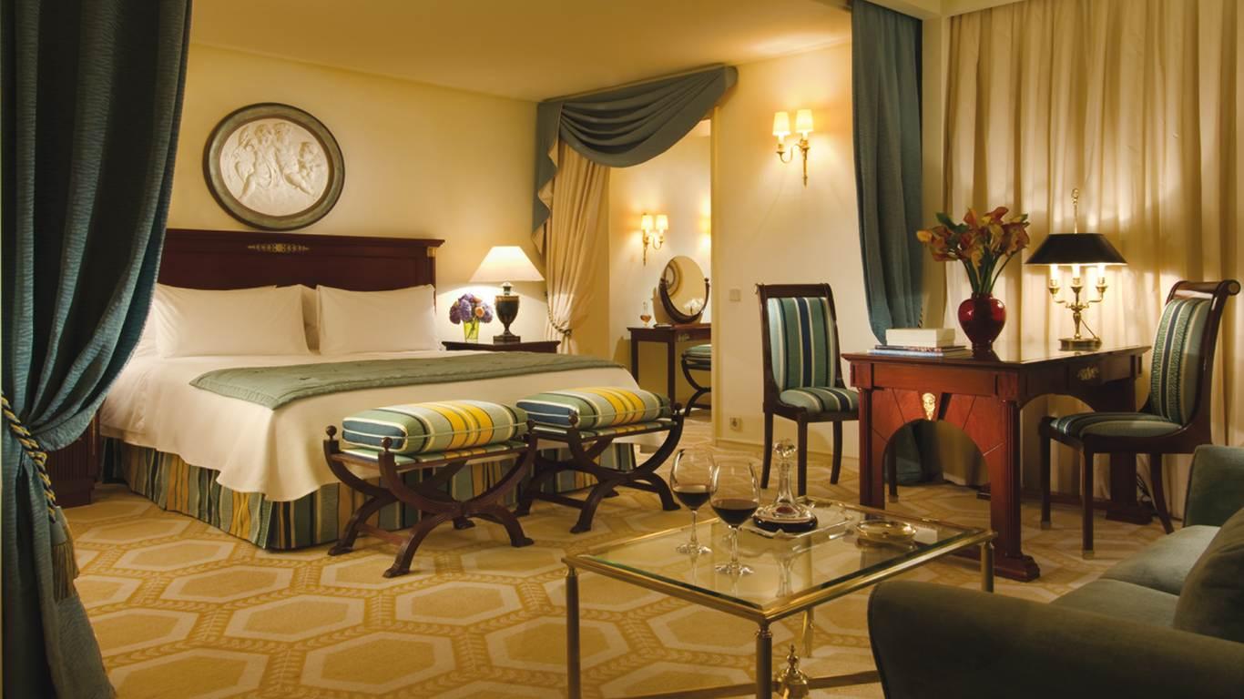 Resultado de imagem para imagem para o Ritz Four Seasons,Lisboa